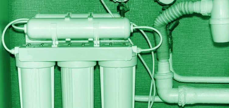 Пречистване на вода с домашна система с обратна осмоза