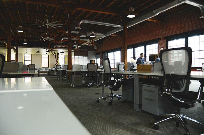 въртящи се офис столове